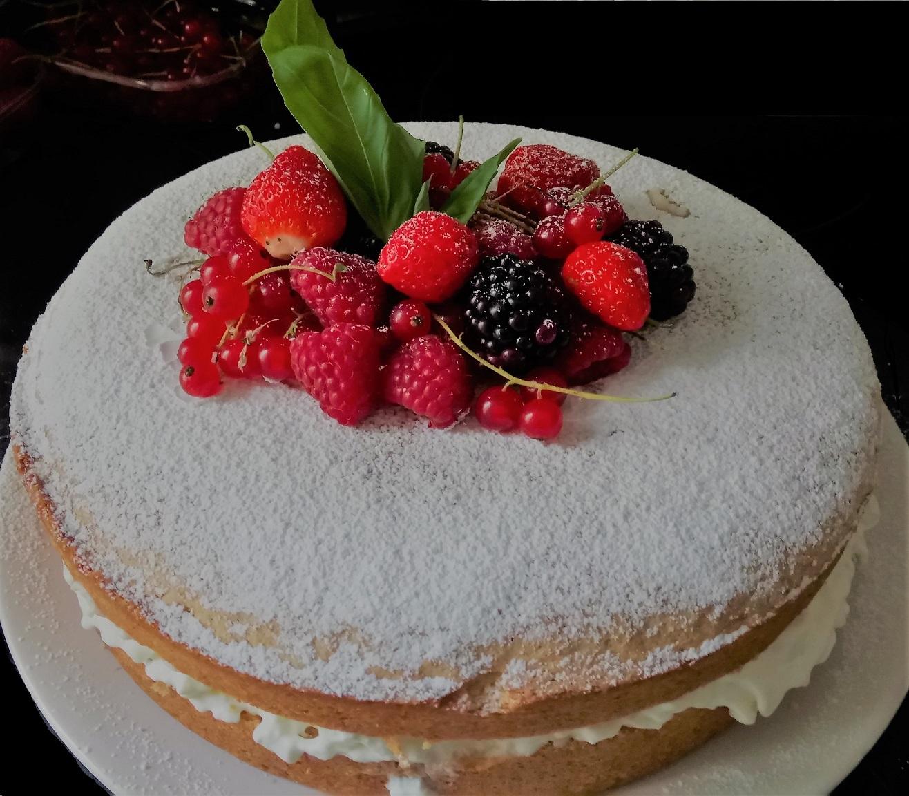 Génoise crème vanille et fruits rouges