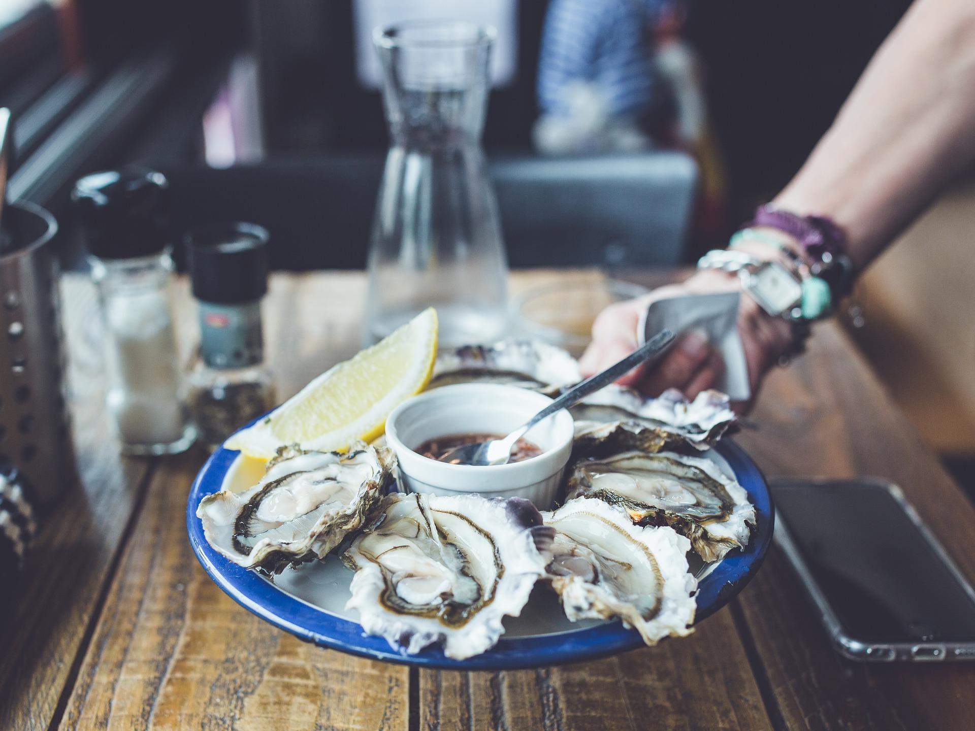 Huîtres fraîches aux vinaigrettes